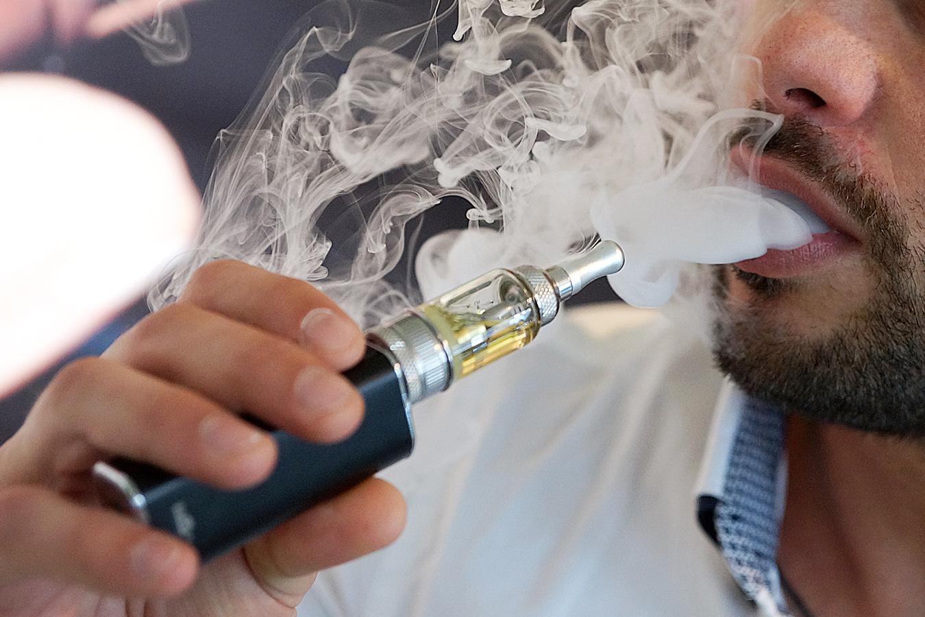 Canada un projet de loi pour r glementer la e cigarette - Cigarette electronique en bureau de tabac ...